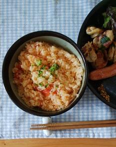 トマト丸ごと炊き込みご飯のランチ