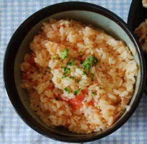 トマト丸ごと炊きごみご飯